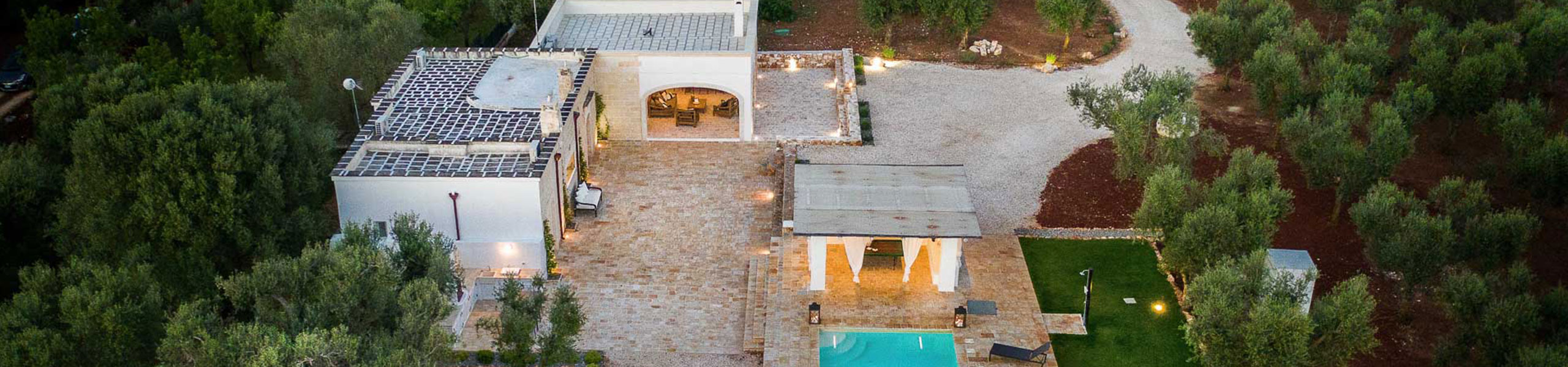 Luxury Vacation Villa Teia by BeeYond Travel
