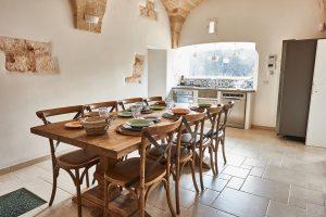 kitchen table vacation villa