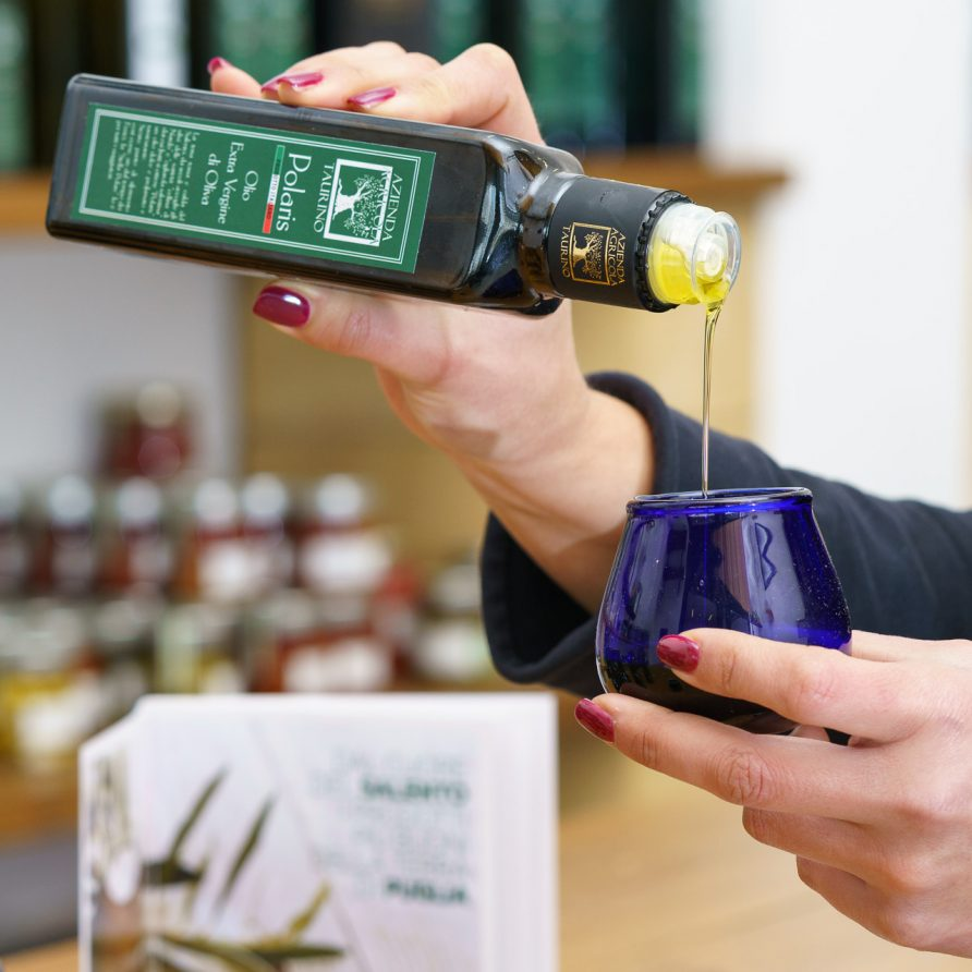 Oil Tasting by BeeYond Travel