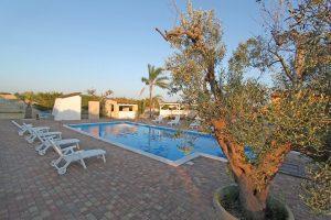 Villa Chiarita Villa w pool Puglia37