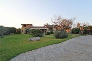 Villa Chiarita Villa w pool Puglia49