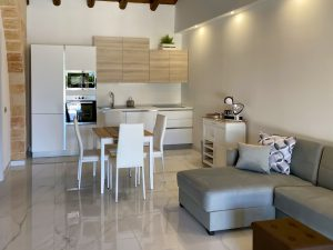 Serafina Deluxe Apartment by BeeYond Travel6