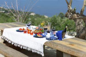 Villa Myrtos lunch outdoor
