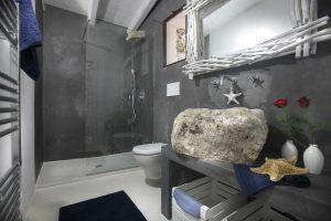 Villa Myrtos bathroom