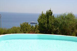 Villa Myrtos infinity pool & beach