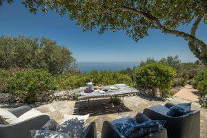 Villa Myrtos outdoor dining