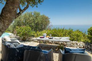 Villa Myrtos outdoor dining 2