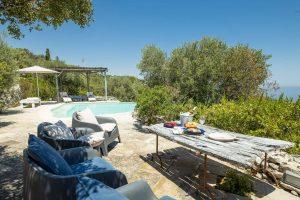 Villa Myrtos outdoor dining & relax