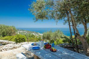 Villa Myrtos snack time