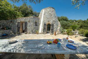 Villa Myrtos front 2